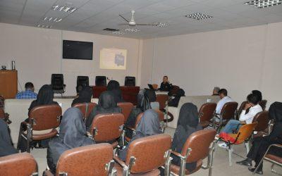 كلية التربية تقيم ورشة عمل حول الاختبار والتقويم في اللغة الانكليزية