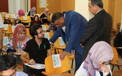 رئيس جامعة واسط يتفقد القاعات الامتحانية في كليتي الطب وطب الاسنان