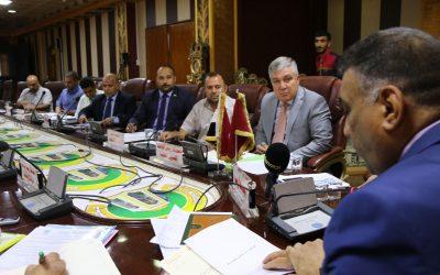 جامعة واسط توقع العقد الأول مع مصرف التنمية الدولي لتوطين رواتب منتسبيها