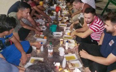 في أجواء رمضانية كريمة  كلية الطب البيطري تقيم مأدبة أقطار لطلبة الكلية الساكنين في الأقسام الداخلية