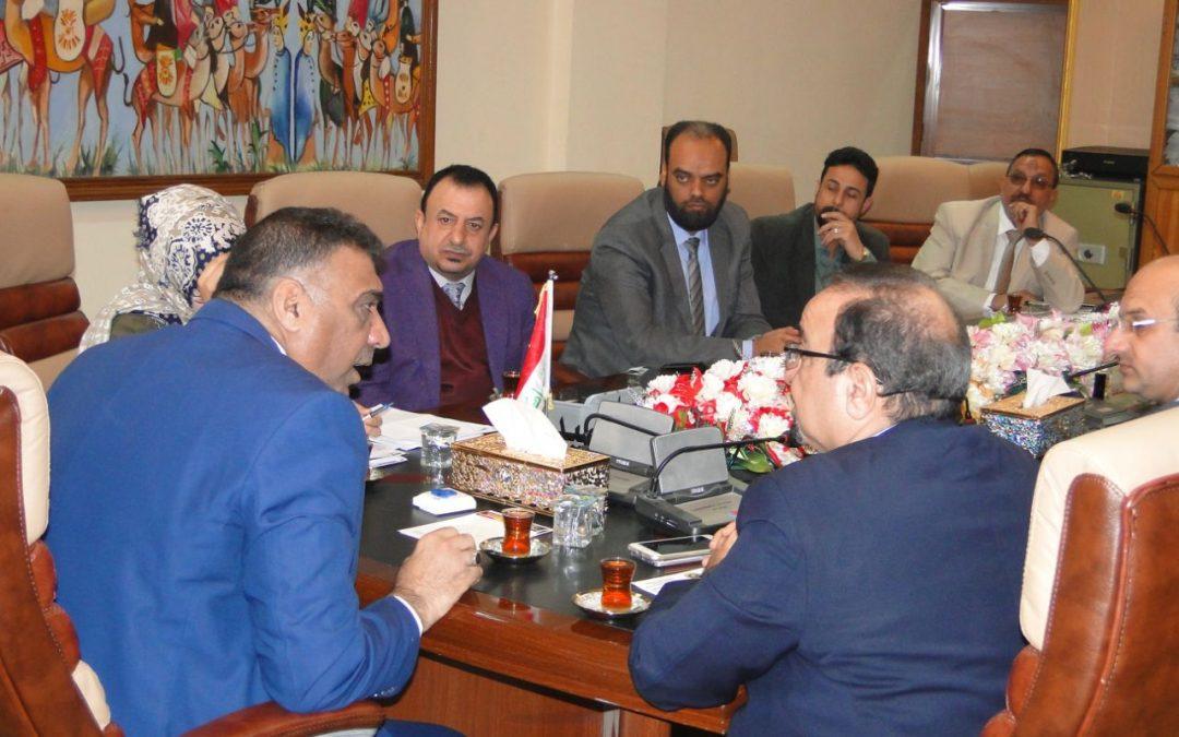 رئيس جامعة واسط الأستاذ الدكتور هادي العتابي يرأس الجلسة الطارئة لمجلس كلية التربية للعلوم الإنسانية