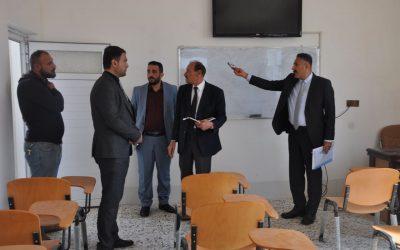 لجنة وزارية تزور كلية الطب البيطري للاطلاع على واقع الكلية