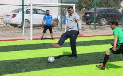 افتتاح ملعب لكرة القدم في جامعة واسط وإقامة مباراة ودية بين فريقي اساتذة جامعة وسط وأساتذة الادارة والاقتصاد